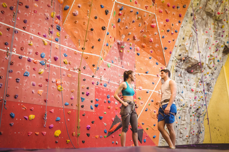 Adventurous dating ideas - rock climbing